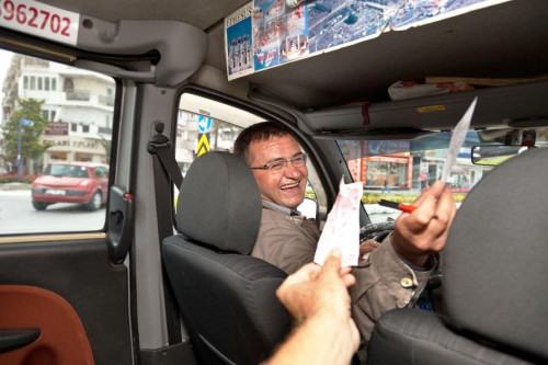 Pasażer w taksówce